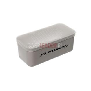 Коробка Flagman для наживки с отверстиями 13.5x6.5x5.3 см.